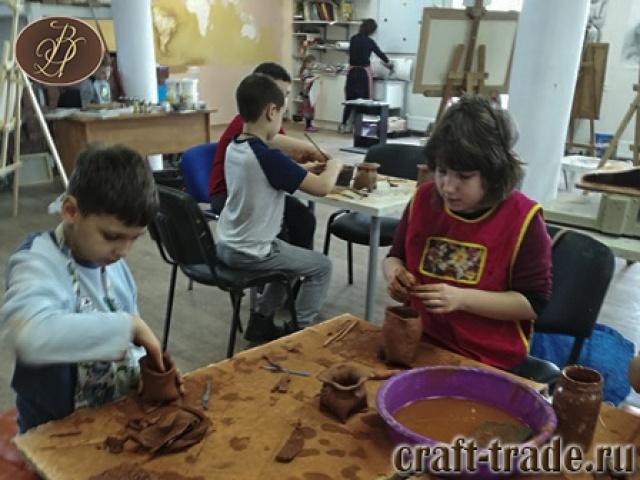 Лепка из глины с детьми в  студии Арт-Звено