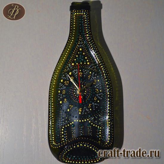 Часы из стеклянной бутылки